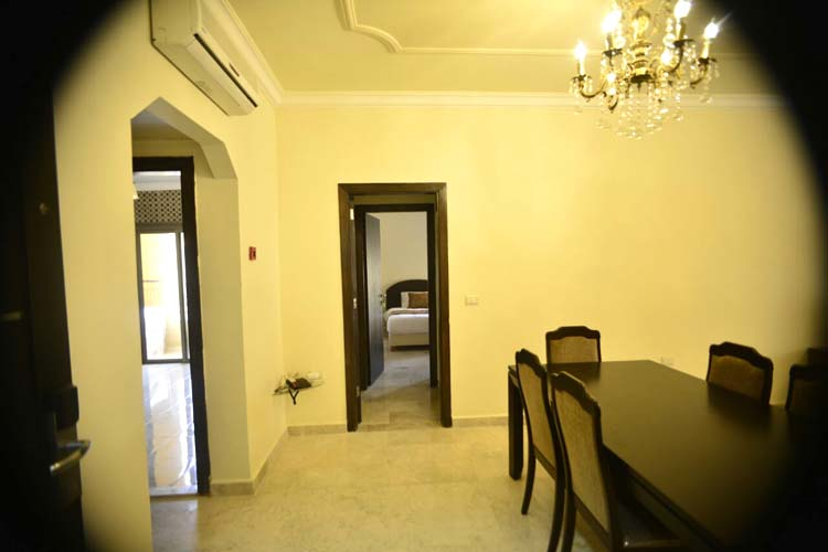 Hanno Residence Suites' Dining Room 2