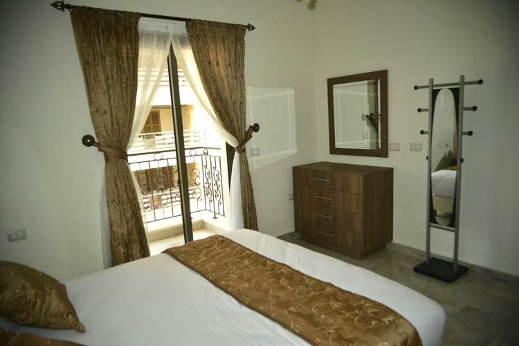 Hanno Residence Suites' Master Bedroom