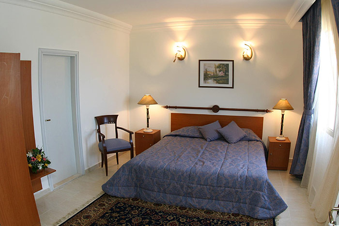 Valley View Hotel RS King Bed