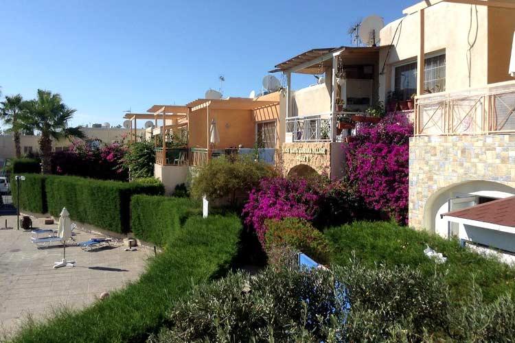 Santa Barbara Complex