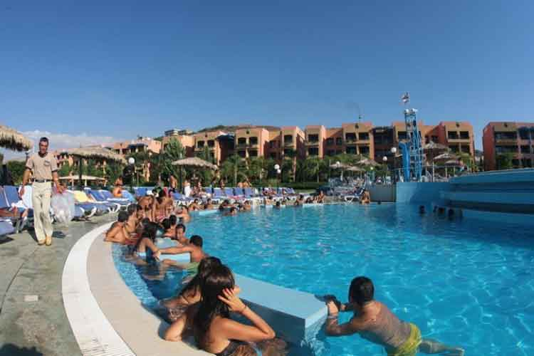 Florida Beach Hotel and Resort VIP swimming pool
