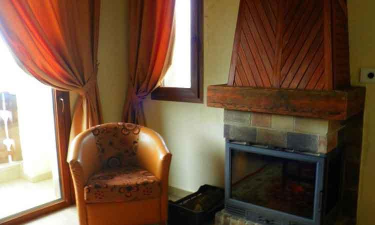 Auberge le Valais Faraya Fireplace