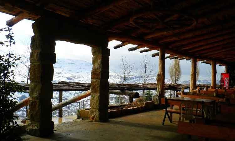 Auberge le Valais Faraya Terrace