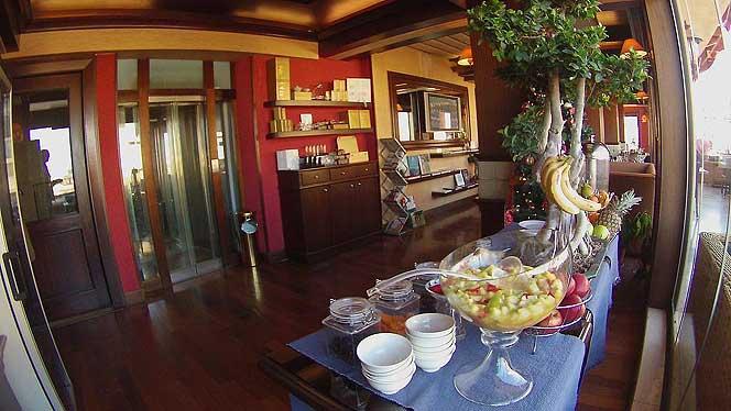 Etoile Suites Buffet Breakfast