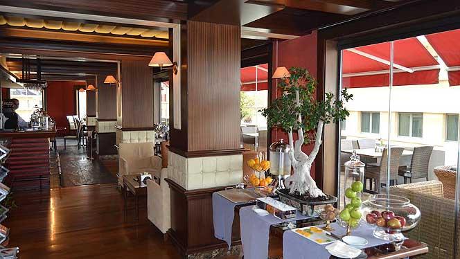 Etoile Suites Restaurant
