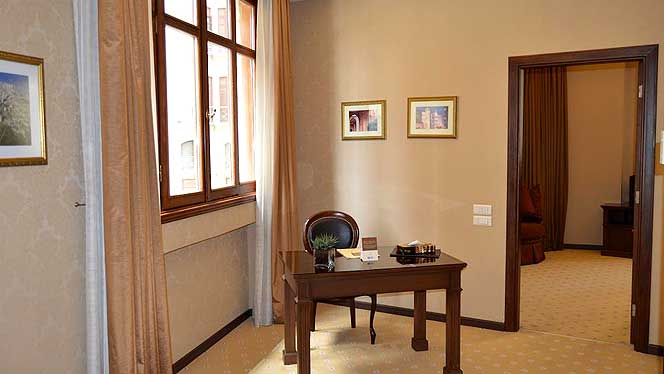 Etoile Suites One Bedroom Suite