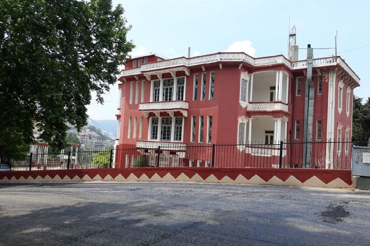 Syr Palace Hotel  Syr Palace hotel